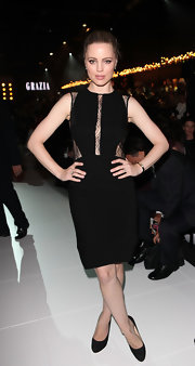 Melissa is simply seductive in a LBD with delicate lace insets at L'Oreal's Melbourne Fashion Festival.