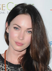 Megan Fox paired her shimmery pink eyeshadow with a sheer, pearlescent finish lipgloss at the 2011 Maui Film Festival.