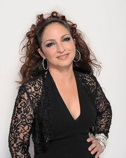 Gloria Estefan rocked a high ponytail with curls at the NCLR ALMA Awards.