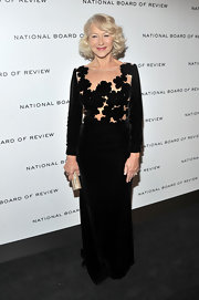 Helen Mirren looked luxe in velvet at the National Board of Review Awards.