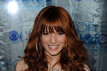 Bella Thorne's Easy to Manage Curly Hairstyle