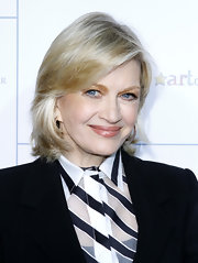 Diane Sawyer attended the 2011 Stand Up for Heroes wearing her trademark blonde hair in wispy layers.