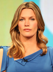 Natasha Henstridge looked on pensively at the Summer TCA Tour in a sexy wavy haircut.