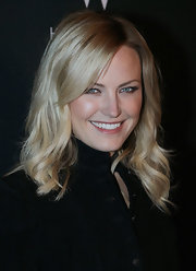 Malin Akerman was all smiles at the 2011 Tribeca Film Festival. She kept her hair low key with loose curls and layered bangs swept across her face.