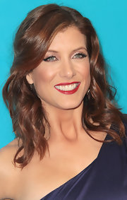 Kate Walsh wore a rich red lipstick and shimmering amethyst eye shadow at the 2011 Unicef Ball.