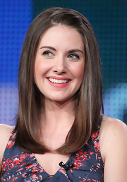 Alison Brie looked youthful with her pinned-up bangs at the 2011 Winter TCA Tour.