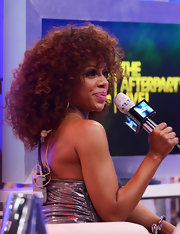 Wendy Raquel Robinson went natural at the BET Awards with thick curls.