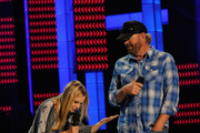 Kristen Bell and Toby Keith Photo