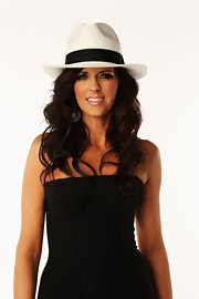 Karen Fairchild topped off her CMT Music Awards ensemble with a white fedora.