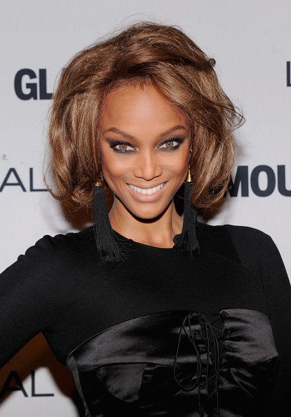 More Pics of Tyra Banks Short Wavy Cut (4 of 5) - Tyra Banks Lookbook - StyleBistro