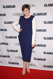 Lena looked fab in this blue and white draped sheath dress at the Glamour Women of the Year Awards.