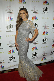 Giuliana Rancic looked like a beauty queen, herself, in this silver mermaid gown at the Miss USA competition.