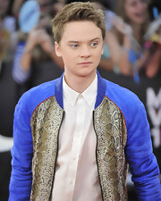 The British star wore a quirky blue and snake print track jacket to the MuchMusic Video Awards.