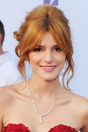 Bella's red hair looked gorgeous in this messy updo at the ALMA Awards.