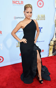 Kat DeLuna looked fierce in this Flamenco-inspired black gown.