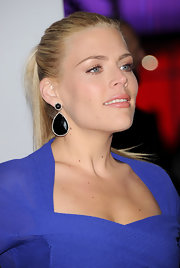 Busy Philipps attended the 2012 People's Choice Awards wearing her hair in a sleek ponytail.