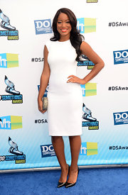 Keke Palmer joined the white dress trend in this chic sheath dress.