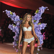 2012—Candice Swanepoel Flaunts Florals