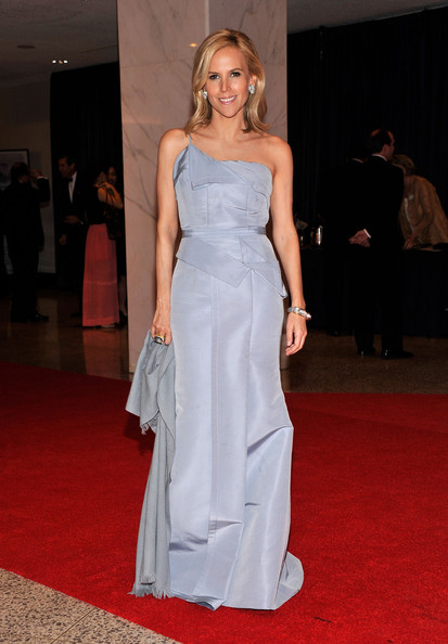 Tory Burch looked heavenly in this sky blue taffeta number at the White House Correspondents' Dinner.