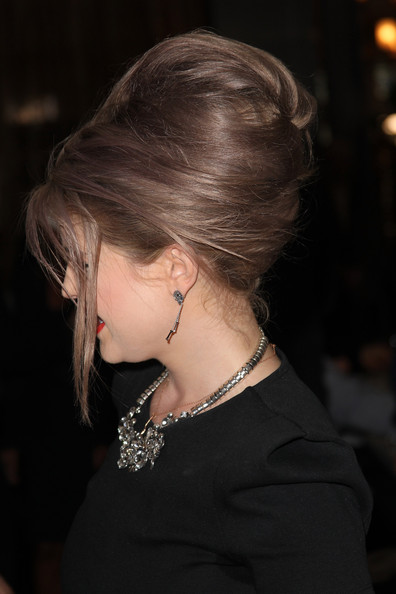 More Pics of Kelly Osbourne Bouffant (1 of 4) - Bouffant Lookbook - StyleBistro