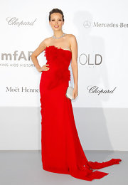 It's easy to see why Petra Nemcova is a big fan of red: It looks spectacular on her.