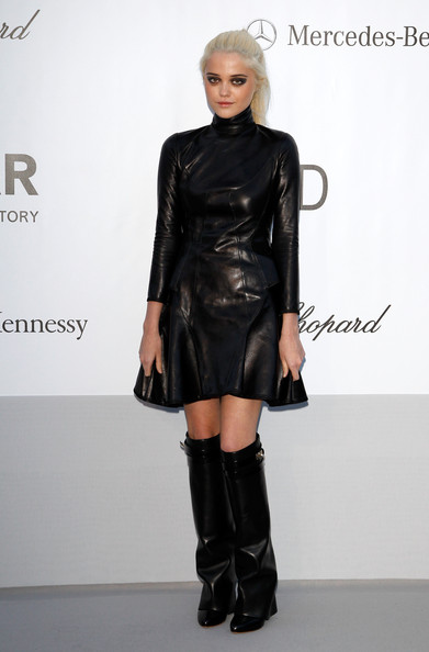 More Pics of Sky Ferreira Knee High Boots (1 of 6) - Knee High Boots Lookbook - StyleBistro