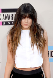 Kylie Jenner attended the American Music Awards sporting a rocker-chic wavy 'do.