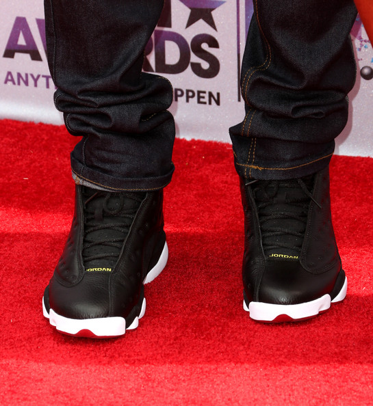 Chris Brown proved that you can't go wrong with a classic when he arrived at the BET Awards sporting Black Nike Jordans.