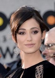 Emmy Rossum looked classic and stunning with a French twist at the Billboard Music Awards.