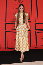 Hailee Steinfeld chose a printed crop top and matching skirt for her fun and playful yet totally chic look at the 2013 CFDA Fashion Awards.