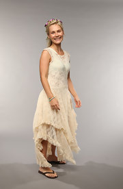 Clare Bowen looked like a hippie princess when she rocked this off-white lace frock at the 2013 CMT Music Awards.