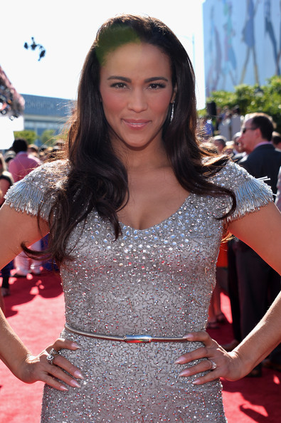 More Pics of Paula Patton Beaded Dress (1 of 3) - Beaded Dress Lookbook - StyleBistro