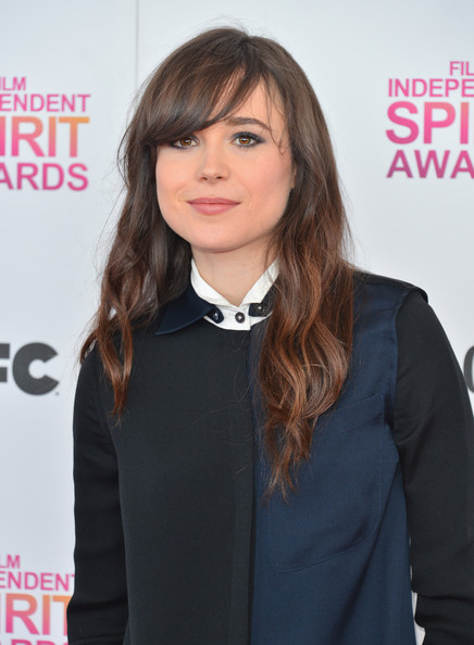 More Pics of Ellen Page Loose Blouse (2 of 11) - Ellen Page Lookbook - StyleBistro