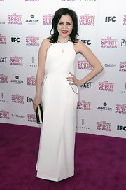 Mae Whitman opted for a figure-flattering white dress with adorable piping for her Independent Spirit Awards look.
