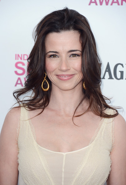 Linda cardellini nude picture haired teacher