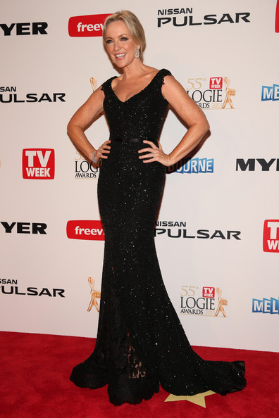 Rebecca Gibney looked sleek and sophisticated in this sparkly black mermaid gown.