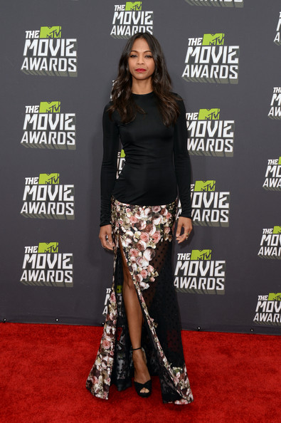 More Pics of Zoe Saldana Evening Dress (1 of 20) - Zoe Saldana Lookbook - StyleBistro