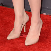 Crystal Reed opted for classic nude pumps for her look at the 2013 MTV Movie Awards.