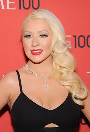 To top off her retro-inspired look, Christina Aguilera rocked cherry red lipstick.