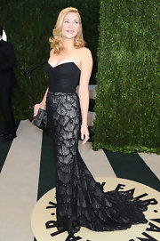 Jennifer Westfeldt rocked a black mermaid gown with a fish scale patterned skirt while at the Vanity Fair Oscar Party.