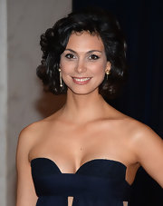 Morena Baccarin chose a voluminous curled 'do for her red carpet look.