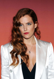 Riley Keough channeled Old Hollywood with this lovely side sweep when she attended the Whitney Gala and Studio Party.