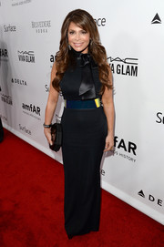Paula Abdul's bow-adorned navy column dress at the amfAR Inspiration Gala begs the question: Is that waist for real?