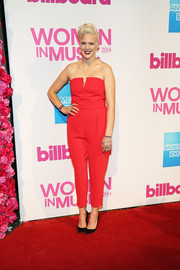 Betty Who looked cool in a strapless red jumpsuit at the Billboard Women in Music luncheon.