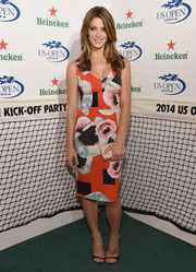Ashley Greene accessorized her outfit with a blush-colored Michael Kors Elsie clutch.
