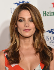 Ashley Greene looked fab with her feathered waves at the Heineken US Open kick-off party.