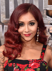 Nicole 'Snooki' Polizzi sported an Old Hollywood-glam hairstyle during the MTV Movie Awards.