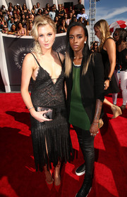 Model Ireland Baldwin looked like a modern-day flapper with a rocker edge in this fringed Roberto Cavalli dress.