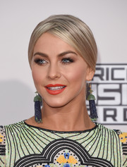 Julianne Hough brightened up her face with some red-orange lipstick.