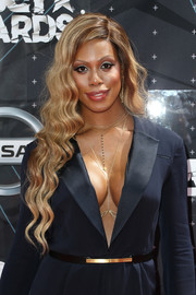Laverne Cox showed off perfectly styled waves at the BET Awards.